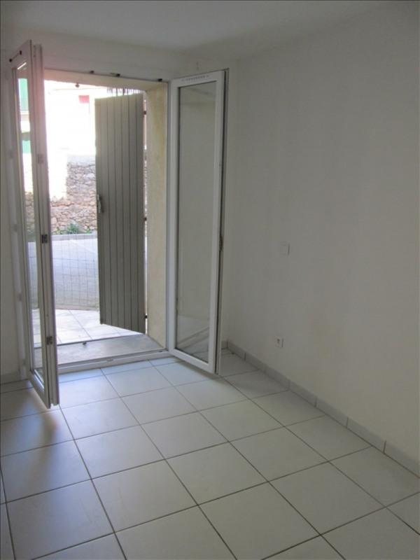 Rental apartment Poussan 782€ CC - Picture 4