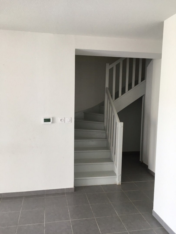Location maison / villa La salvetat-saint-gilles 845€ CC - Photo 5