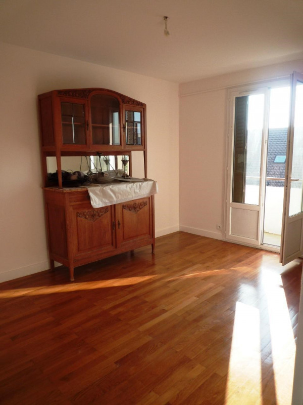 Rental apartment Annecy 851€ CC - Picture 1