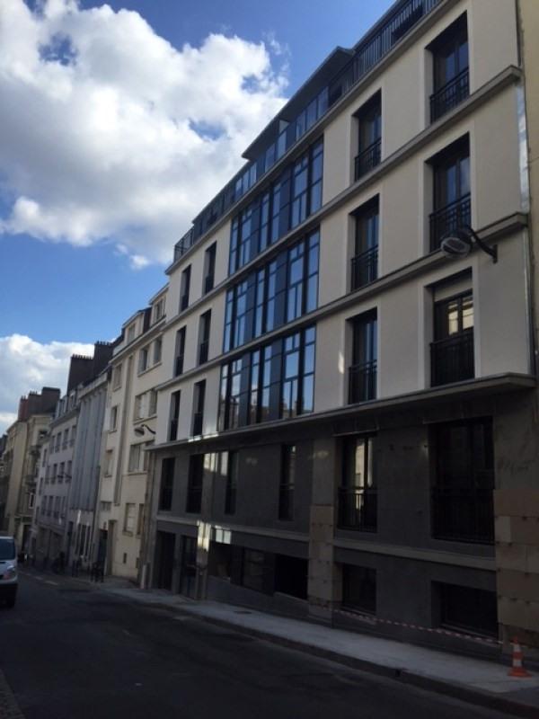 Location appartement Nantes 931€ CC - Photo 2