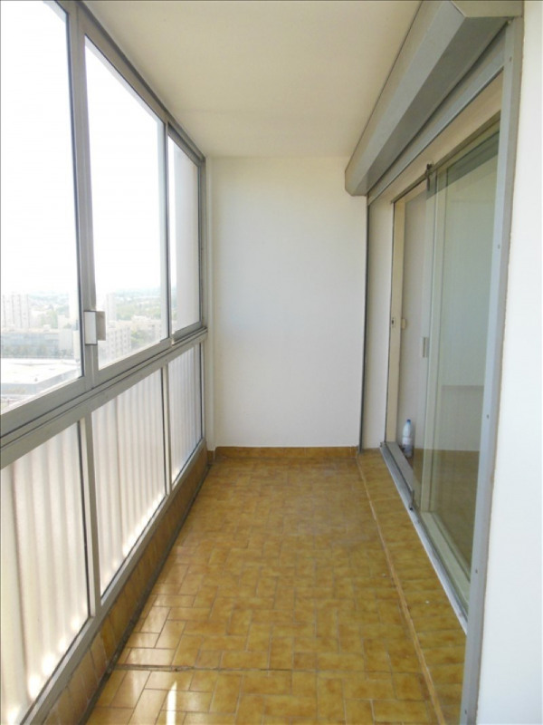Investment property apartment Salon de provence 100 000€ - Picture 3