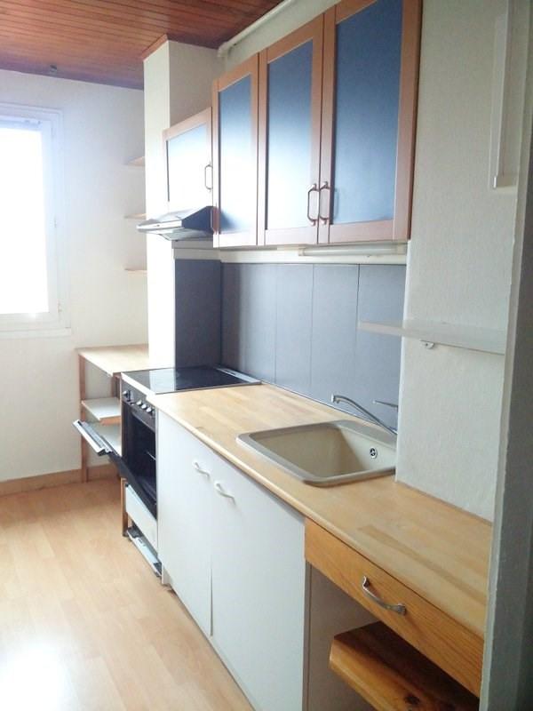 Rental apartment Lyon 4ème 890€ CC - Picture 4