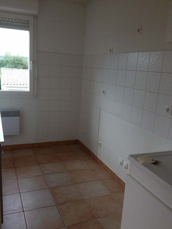 Rental apartment Aucamville 690€ CC - Picture 2