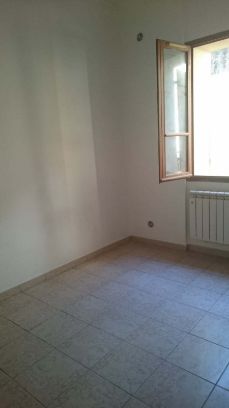 Location appartement Nimes 385€ CC - Photo 6