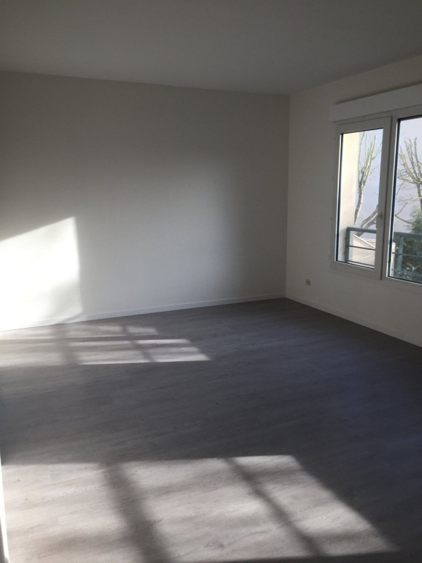 Vente appartement Montlhéry 142 000€ - Photo 2