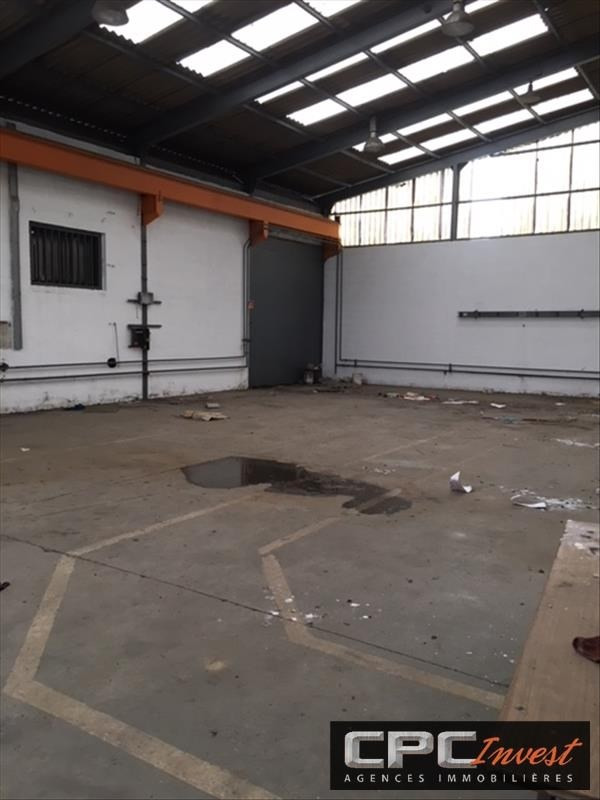Sale empty room/storage Mourenx 360 000€ - Picture 2