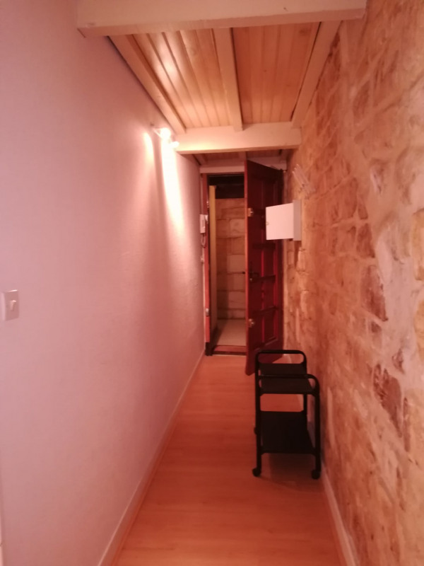 Sale apartment Bordeaux 186 500€ - Picture 2