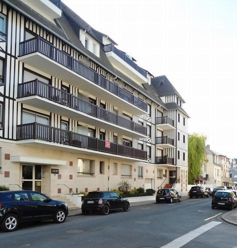 Verkoop  appartement Deauville 129000€ - Foto 7