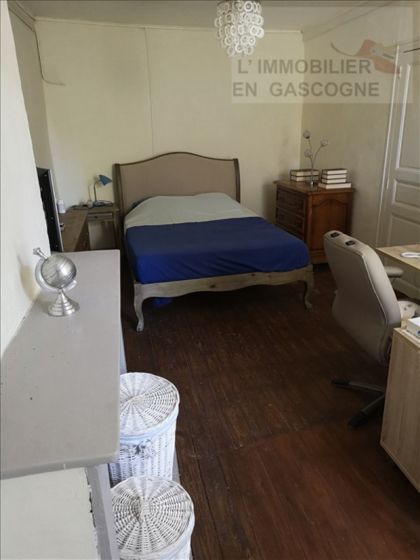 Sale house / villa Vic fezensac 66000€ - Picture 4