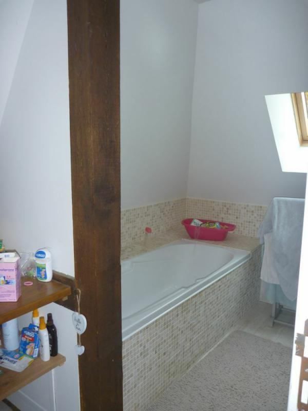 Sale house / villa Vieux-pont-en-auge 252000€ - Picture 7
