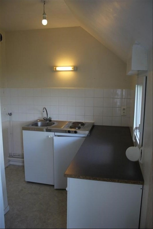 Location appartement Maintenon 427€ CC - Photo 2