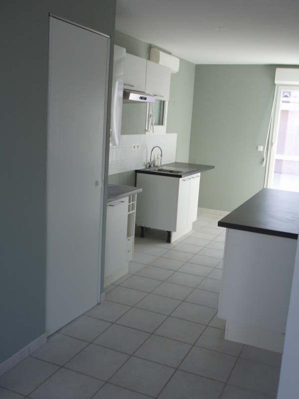 Location appartement Lambesc 1085€ CC - Photo 4