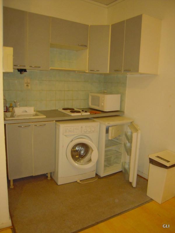 Location appartement Lyon 2ème 414€ CC - Photo 1