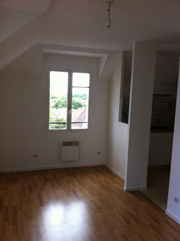 Rental apartment Longpont-sur-orge 615€ CC - Picture 1