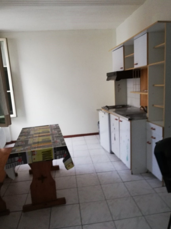 Rental apartment Tarbes 332€ CC - Picture 3