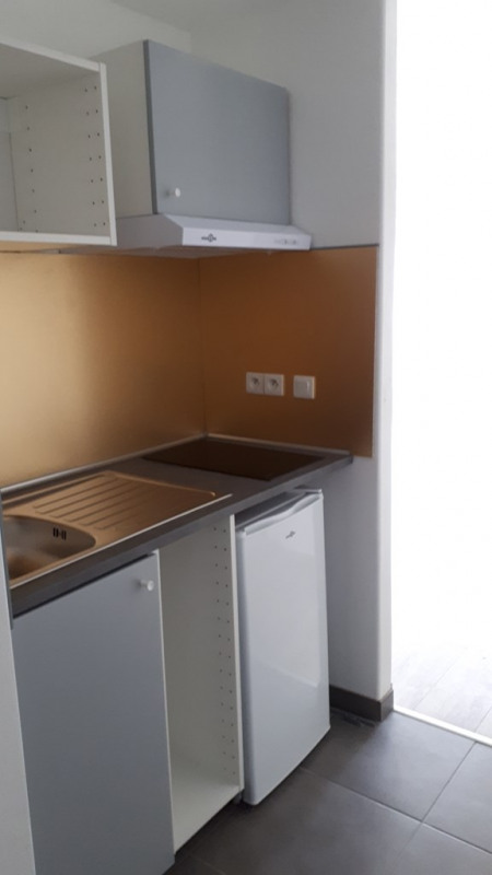Rental empty room/storage Cran gevrier 795€ CC - Picture 3