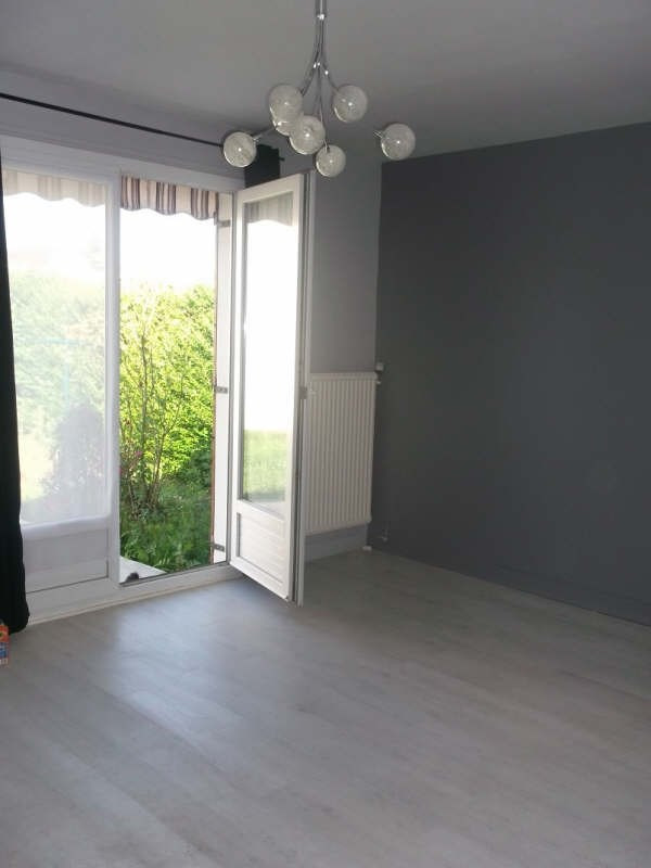 Rental house / villa Senlis 1 015€ CC - Picture 2