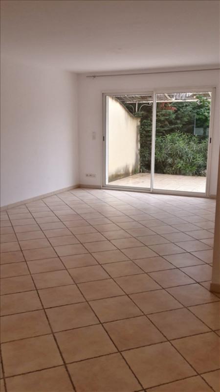 Location maison / villa Eyguieres 1130€ CC - Photo 3