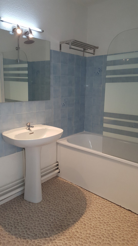 Location appartement Fréjus 555€ CC - Photo 8