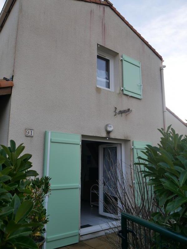 Sale house / villa St vincent sur jard 156000€ - Picture 1