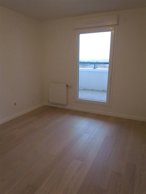 Rental apartment Ferrieres 749€ CC - Picture 4