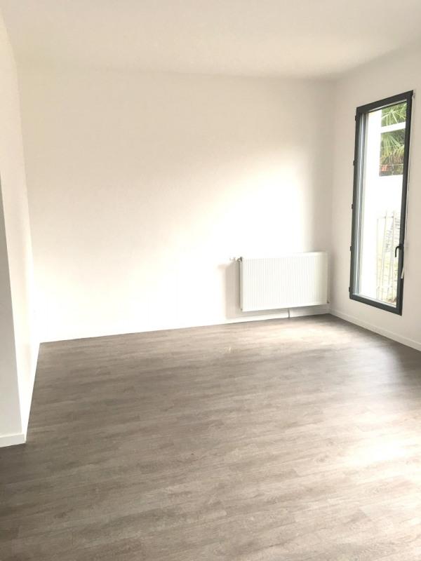 Location loft/atelier/surface Montreuil 1475€ CC - Photo 2