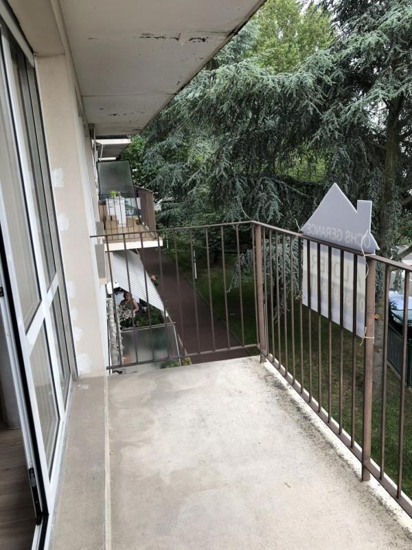 Rental apartment Le plessis-bouchard 958€ CC - Picture 3