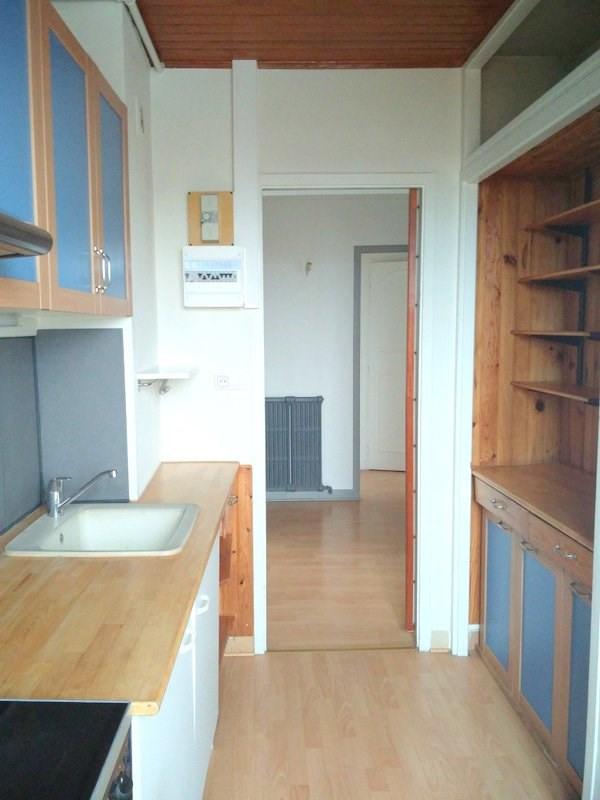 Rental apartment Lyon 4ème 890€ CC - Picture 6