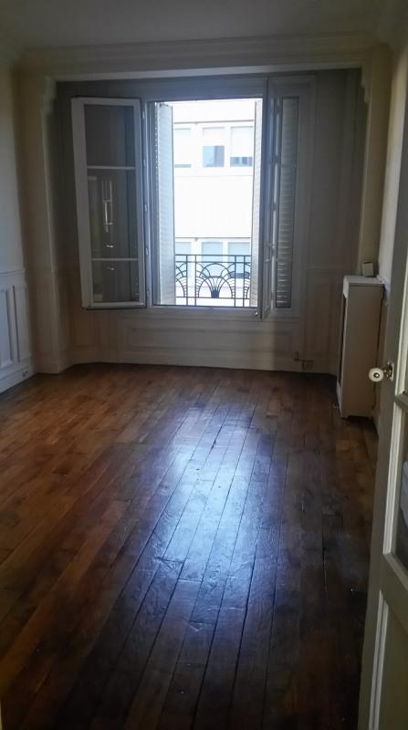 Rental apartment Boulogne-billancourt 1100€ CC - Picture 1