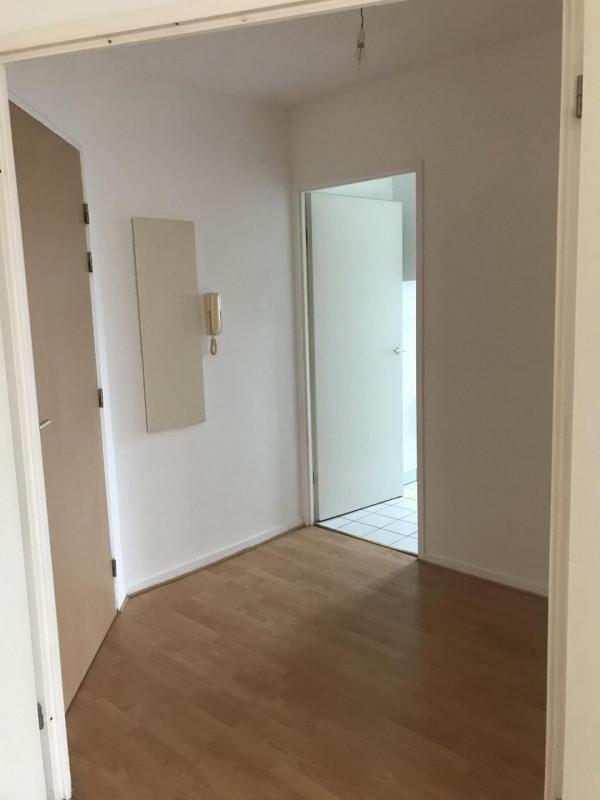 Rental apartment Livry-gargan 913€ CC - Picture 4