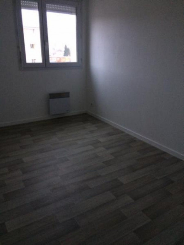 Rental apartment Lisieux 560€ CC - Picture 9