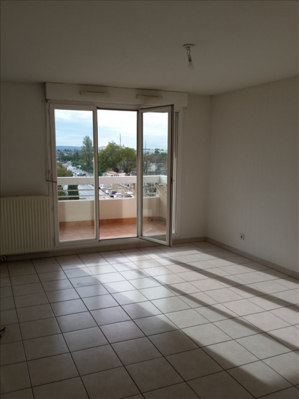 Location appartement Salon de provence 665€ CC - Photo 1