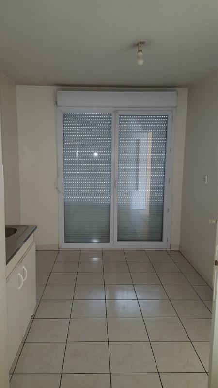 Verkoop  appartement Vaulx-en-velin 128400€ - Foto 2