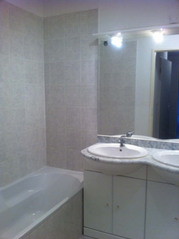 Location appartement Seilh 647€ CC - Photo 5