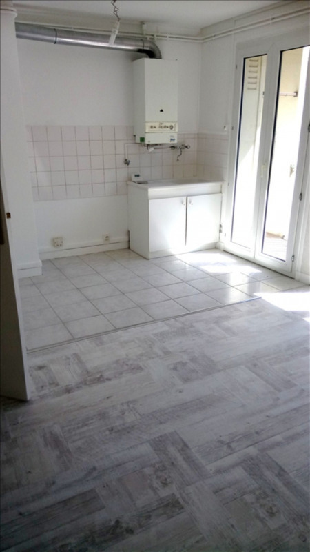 Location appartement Valence 505€ CC - Photo 3