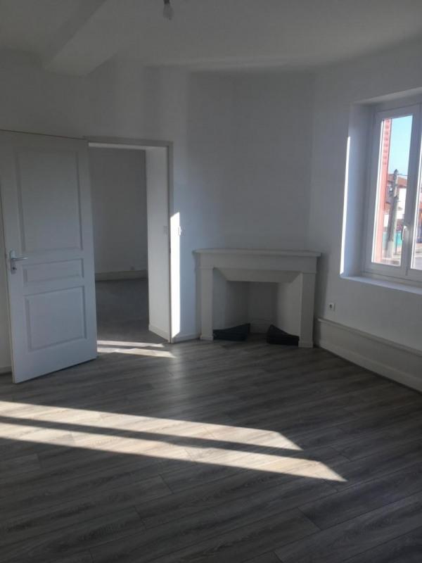 Rental apartment Pont de cheruy 645€ CC - Picture 2
