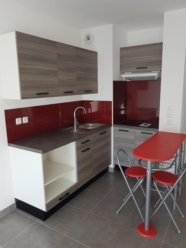 Location appartement Salon de provence 530€ CC - Photo 3