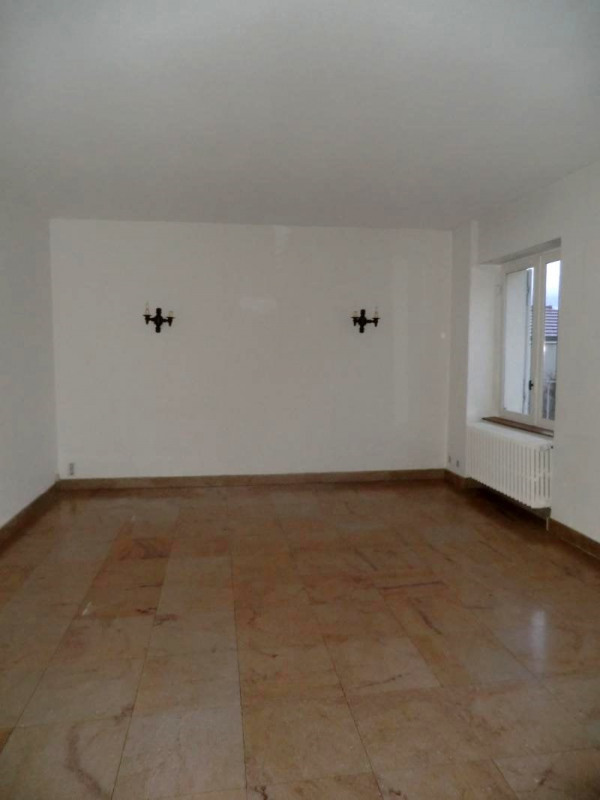 Rental apartment Chatenoy le royal 510€ CC - Picture 3
