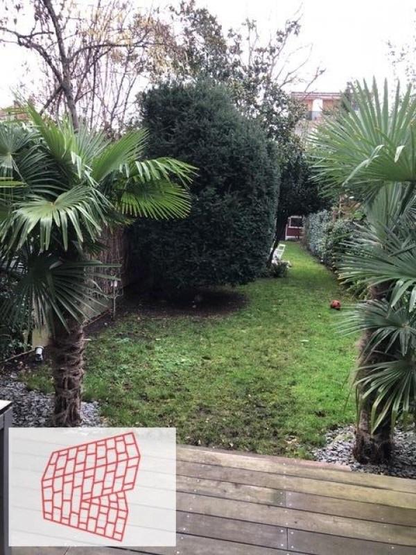 Sale house / villa Colombes 990000€ - Picture 1