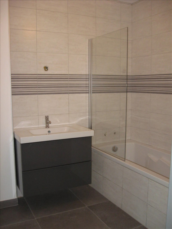 Location appartement Meximieux 610€ CC - Photo 7