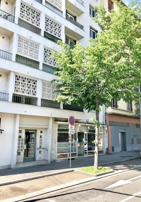 Vendita locale Lyon 8ème 240000€ - Fotografia 6