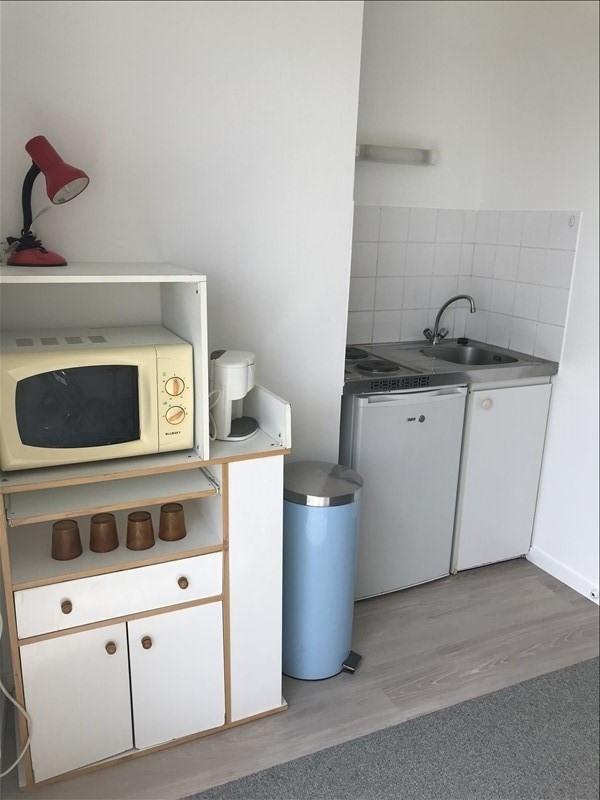 Location appartement Niort 330€ CC - Photo 3