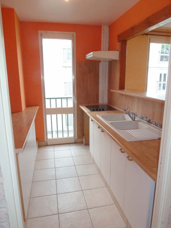 Rental apartment Conflans ste honorine 948€ CC - Picture 3
