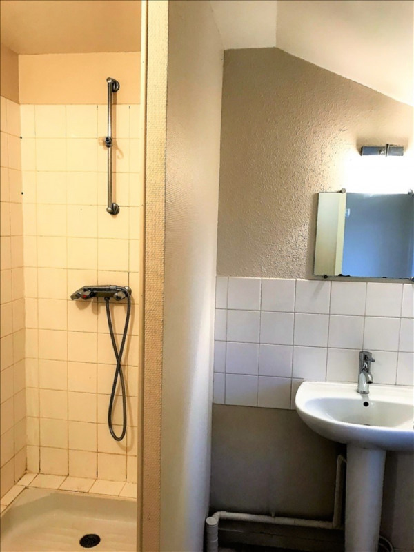 Rental apartment Roches premarie andille 420€ CC - Picture 3