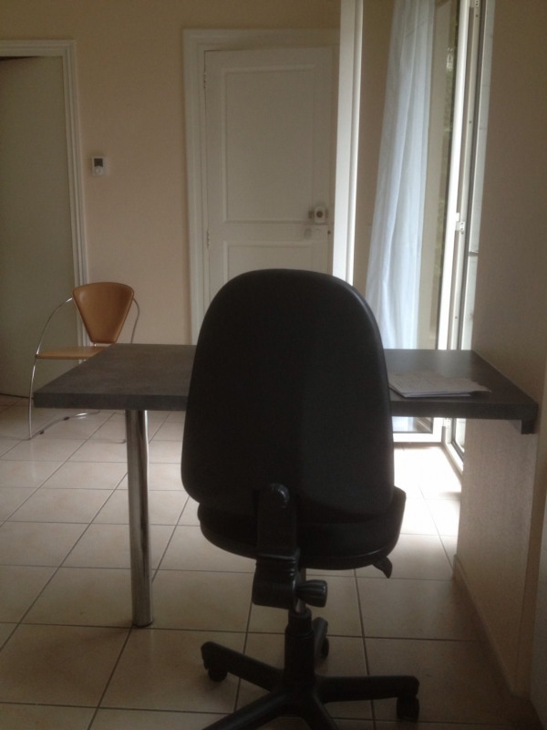 Rental apartment Tarbes 360€ CC - Picture 3