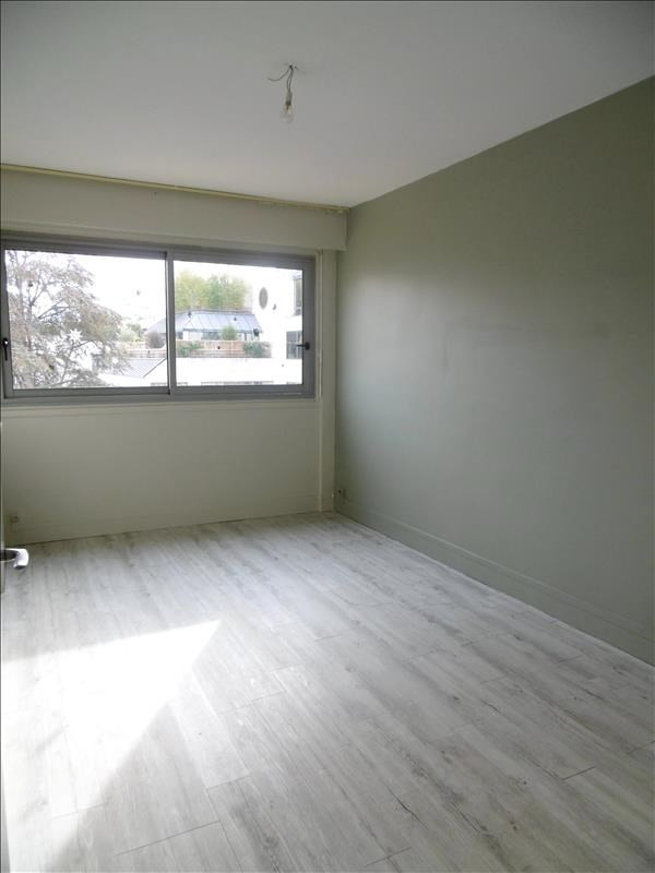 Rental apartment Levallois 2259€ CC - Picture 4