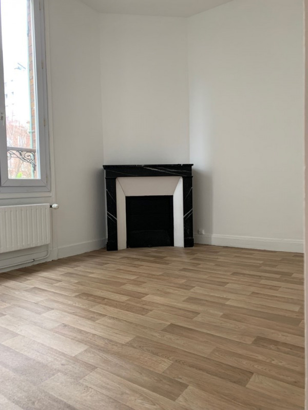 Location appartement Courbevoie 2390€ CC - Photo 3