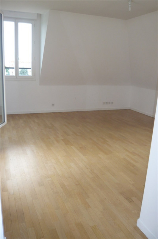Rental apartment Montrouge 1 580€ CC - Picture 3