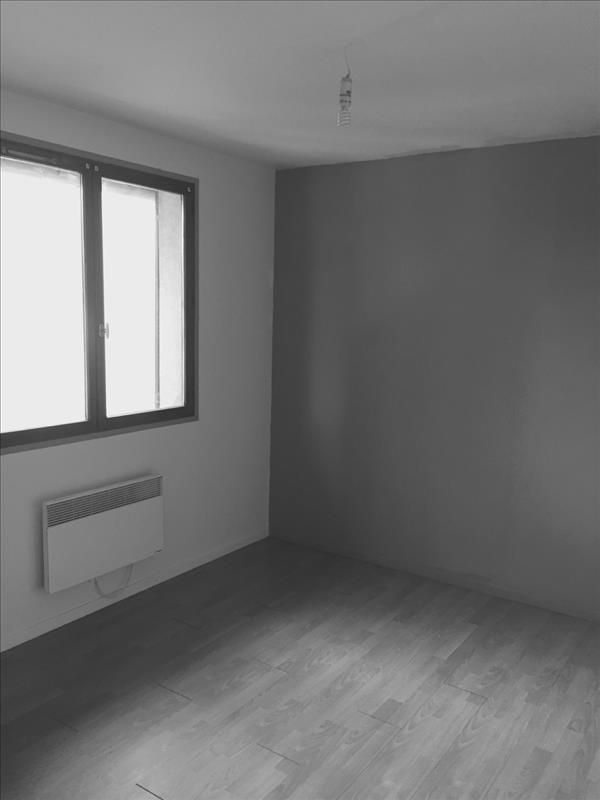 Rental apartment Houilles 770€ CC - Picture 2
