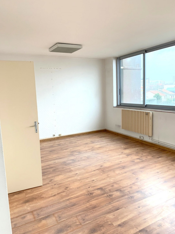 Rental office Montreuil 1180€ HT/HC - Picture 2
